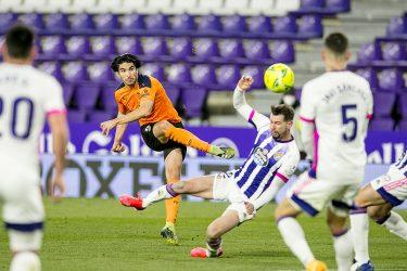 Superb Soler: Valencia's prophetic talisman scores a 20-yard screamer to snap winless streak