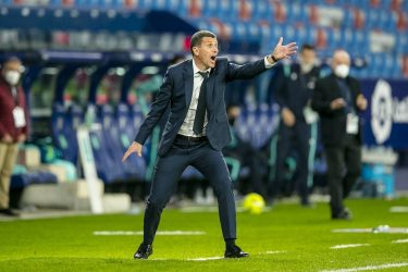 Poor showing sees Valencia fall to Levante