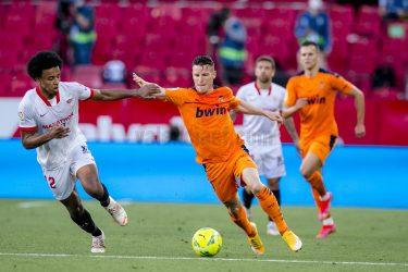 Voro's Valiant Valencia crumble to a heartbreaking 0-1 away defeat to Sevilla
